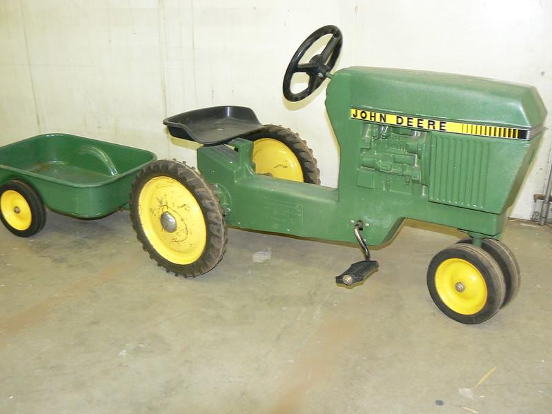 John Deere Crock : Booker auction co suess farms inc sept