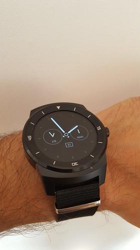 LG présente sa nouvelle (et jolie AMHA) G Watch R 20084049253_13081e22b1