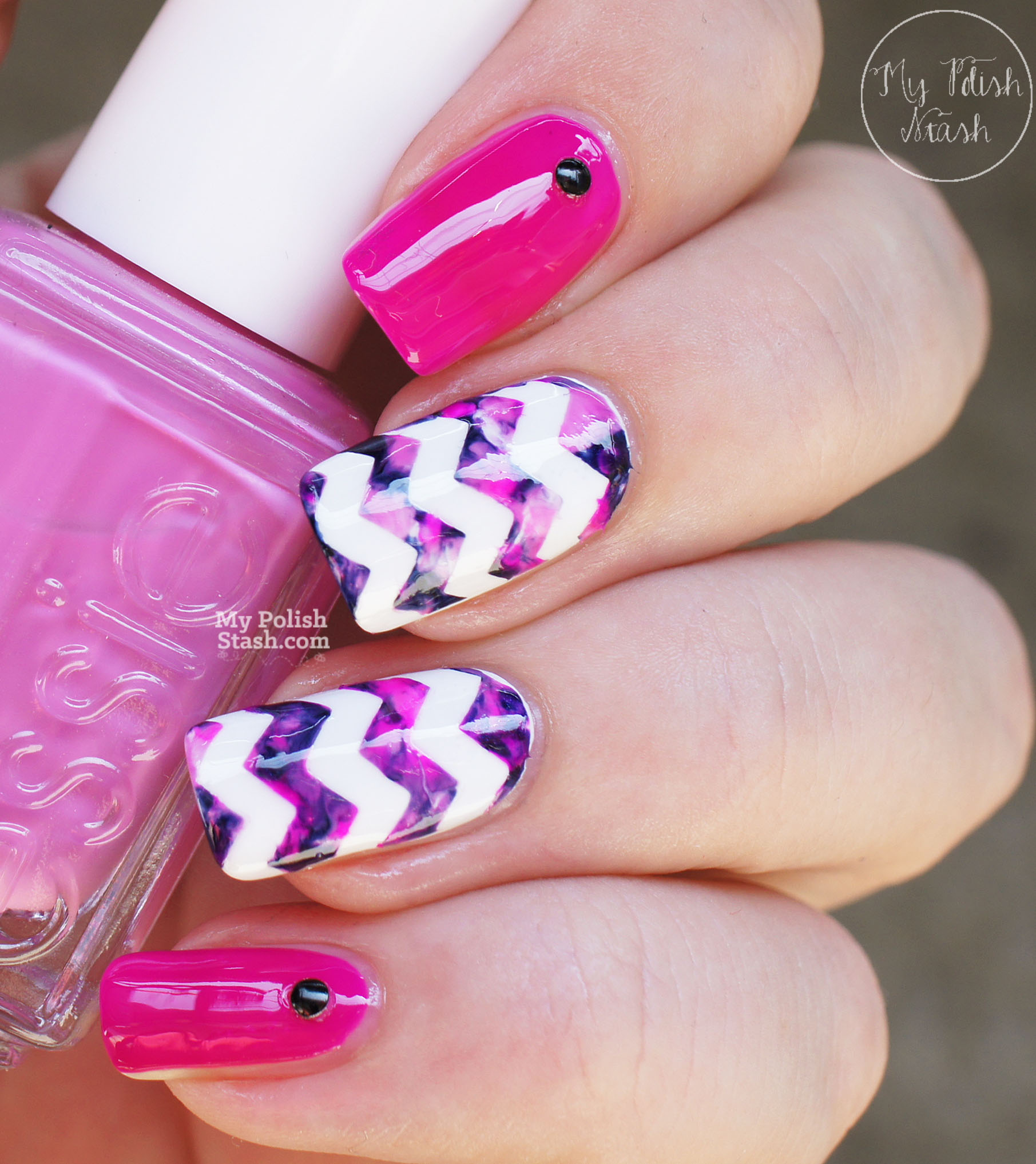 magenta-navy-marbled-chevron-nails-shade-1