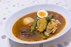 red curry(0.0), produce(0.0), stew(1.0), curry(1.0), vegetable(1.0), meat(1.0), food(1.0), dish(1.0), broth(1.0), soup(1.0), cuisine(1.0),