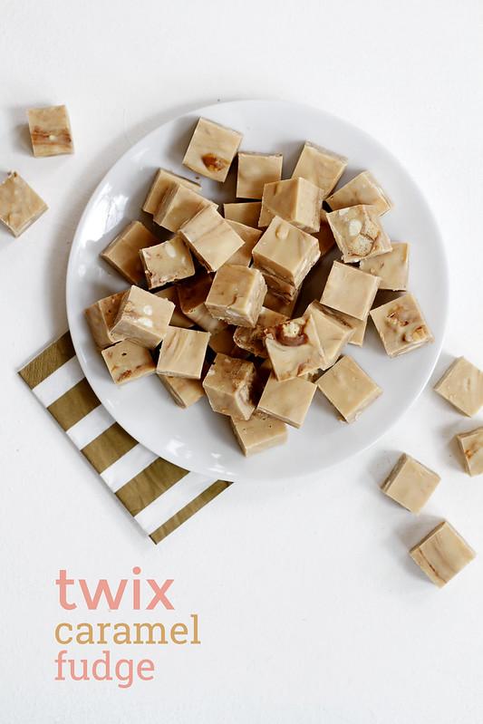 Twix Caramel Fudge | girlversusdough.com @girlversusdough