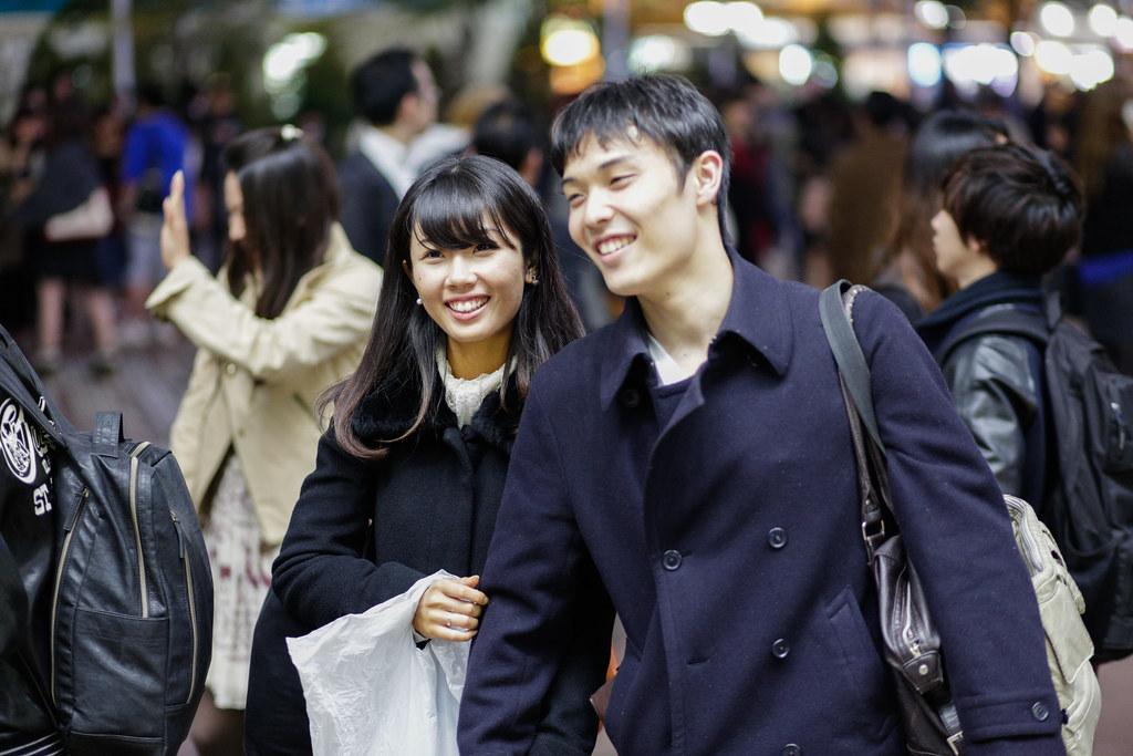 Dogenzaka 2 Chome, Tokyo, Shibuya-ku, Tokyo Prefecture, Japan, 0.008 sec (1/125), f/2.0, 85 mm, EF85mm f/1.8 USM