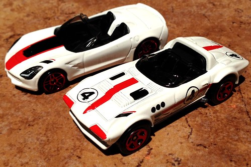 Hot Wheels - Then & Now (Corvette)