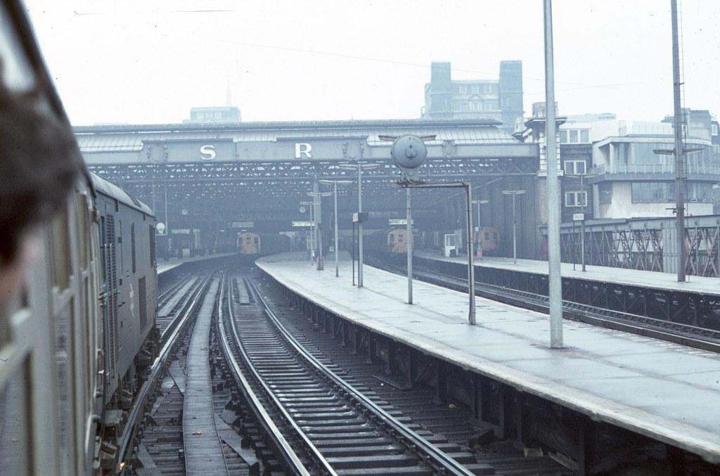 73106 Charing Cross 20/1/79