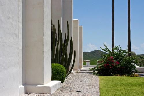 cactus church sonora mexico mission spanishcolonial organpipe caborca canonefs1855mmf3556is canoneosdigitalrebelxs