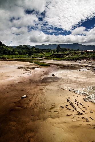 travel indonesia java plateau diengplateau dieng sikidang kawahsikidang