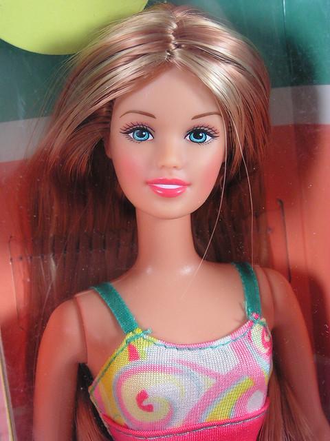2002 Barbie Rio de Janeiro Skipper 56882 (1)