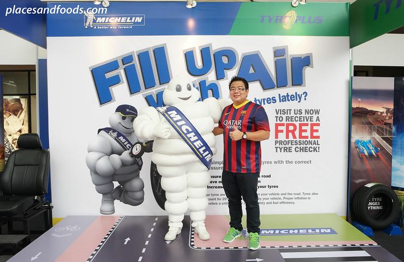 fuwa with mascot