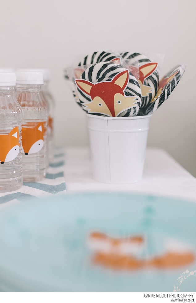Fox party decor - lollies with fox stickers