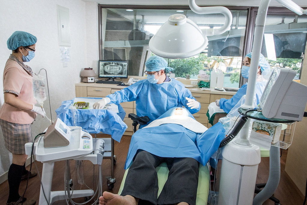 高雄植牙推薦‧在地人都推薦的人本自然植牙權威施昆育醫師 (12)