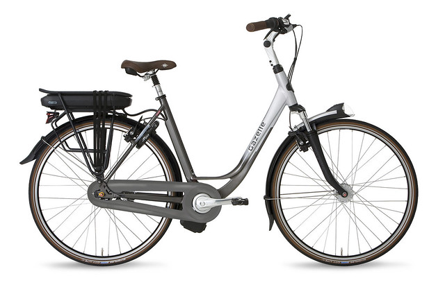 "Gazelle Orange C8 • <a style=""font-size:0.8em;"" href=""https://www.flickr.com/photos/ebikereviews/21490832910/"" target=""_blank"">View on Flickr</a>"
