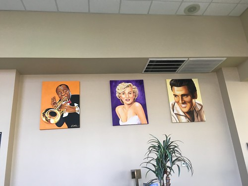 Lewis Armstrong, Marilyn Monroe, Elvis Presley