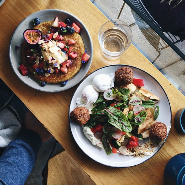 We've been back for just over a month and yesterday was the first time we've made it out to brunch. Who are we?! ? . . .  Window seat, hot cakes & fritters - shared, tea always.