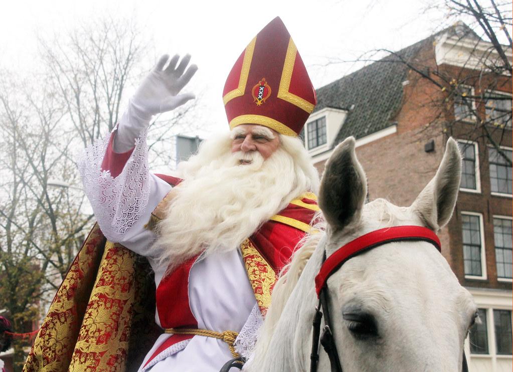 Sinterklaasintocht Amsterdam Sint