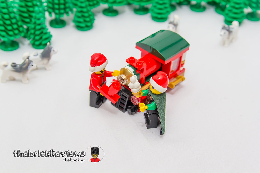 ThebrickReview: Christmas Train - 40138 - Limited Edition 2015 23423210850_0fd3d23a56_b