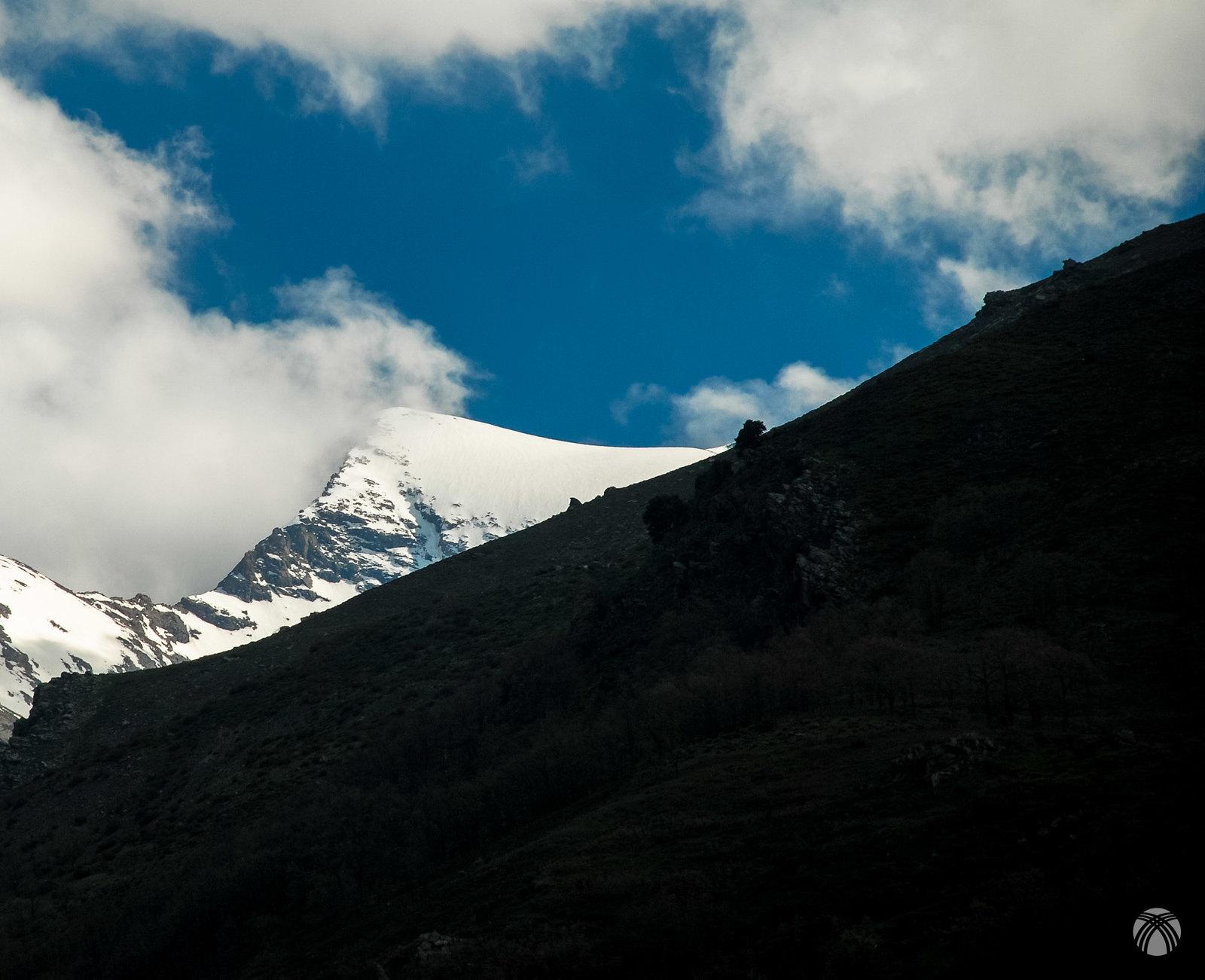 Cerro de los Machos y su estética arista noreste
