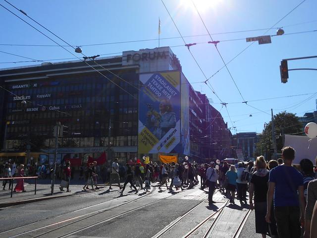 Mielenosoitus Helsingissä hallituksen leikkauspolitiikkaa vastaan 22.8.2015 - 7