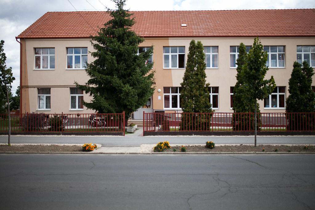 Komádi iskola