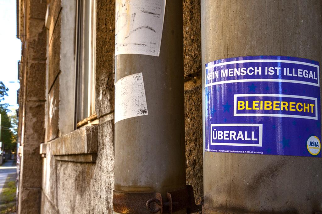 KEIN MENSCH IST ILLEGAL in Sellerhausen on 10-11-15--Leipzig