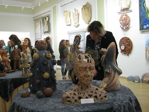 У виставковій залі Рівненського міського Будинку культури — твористудентів