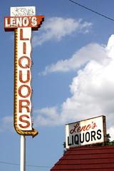 Leno's Liquors neon sign - Memphis, TN