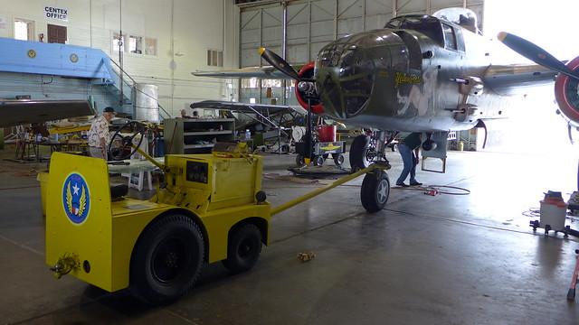B-25 Yellow Rose abgeschleppt