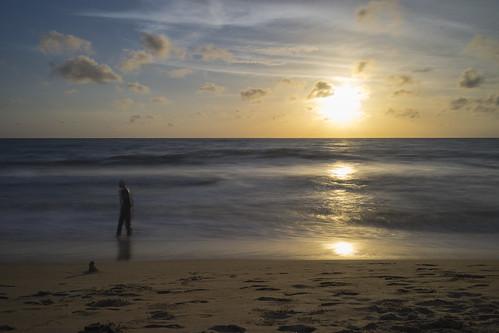 longexposure sunset sea sun beach water landscape seaside sand asia waves sony horizon wideangle srilanka passerby westernprovince errie negombo traval sonyalpha sonyzeiss sonya7 sel1635z sony1635mmvariotessartfef4zaoss