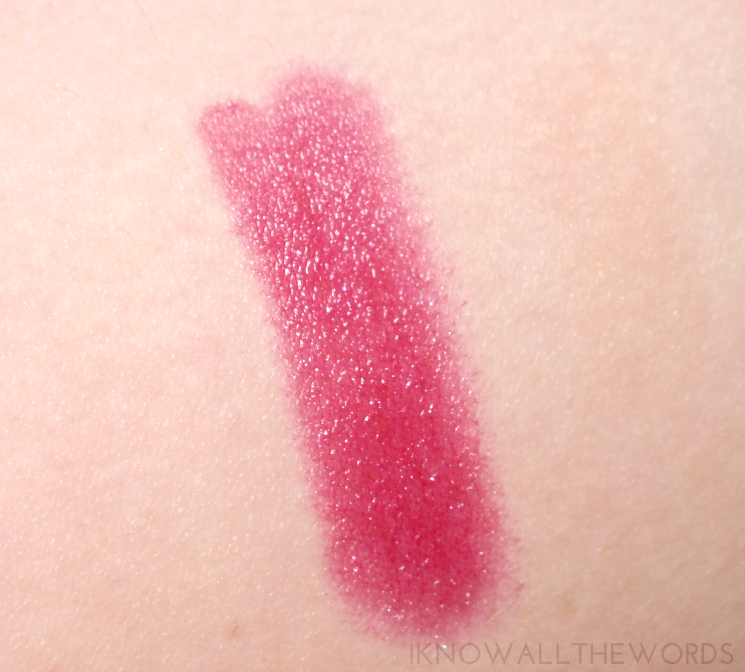 Yves Rocher Holiday 2015 Radiant Lip Pencil Shimmering Purple (2)