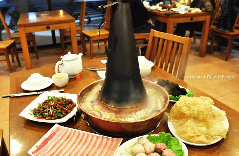 徠圍爐台中酸菜白肉鍋12