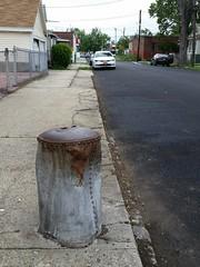 Another mystifying sidewalk oddity