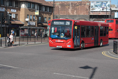 East London 36267 LX11AVY