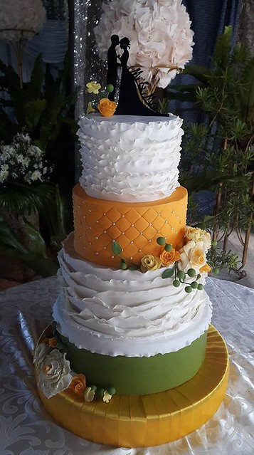 Cake by Samantha Anne Frenchwa of Olivia -Homemade Goodies-