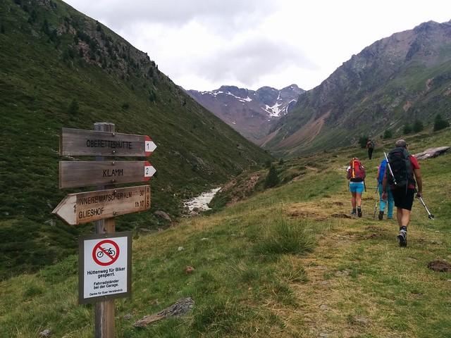 Aufstieg Oberetteshütte Markierung Nr. 1