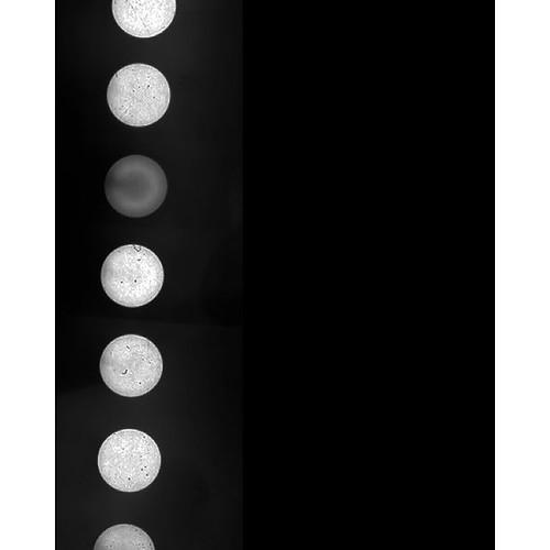 自作の7連ピンホールカメラの写真。