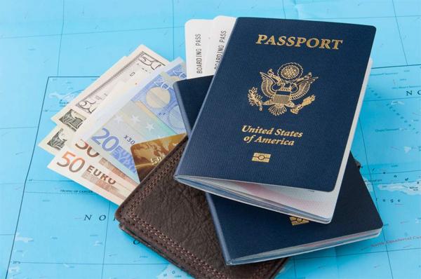 Vấn đề tài chính luôn rất đau đầu trước mỗi chuyến du lịch.