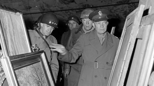 Eisenhower, Bradley, Patton inspect Nazi loot