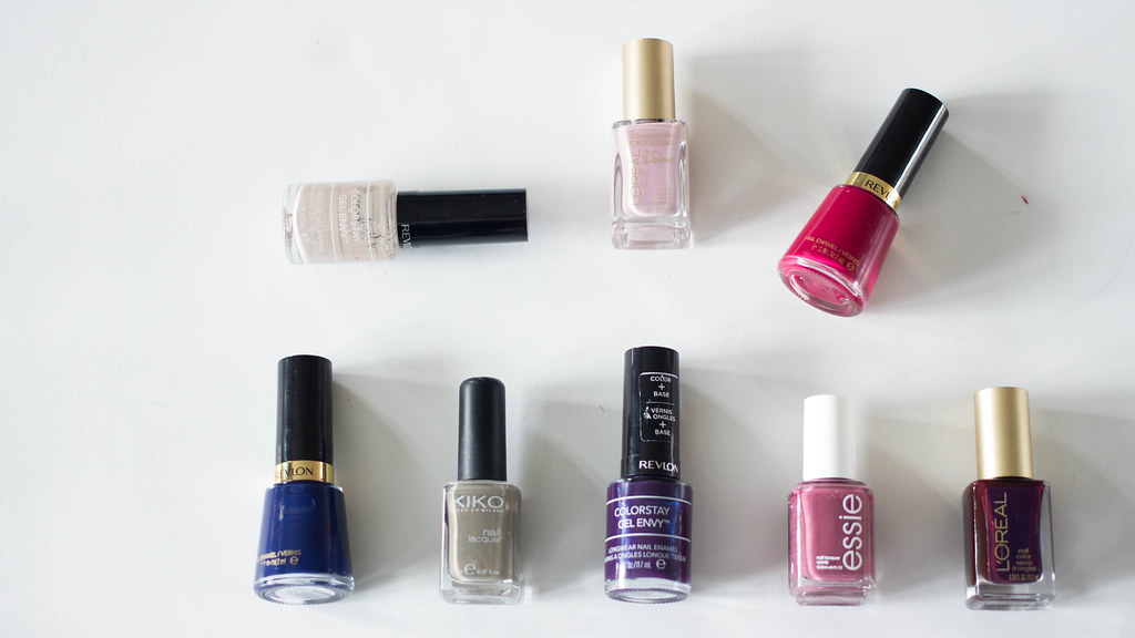 My Favorite Nail Polishes for Fall | A Hint of Rose | In this post, I share my favorite nail polishes for Fall. For more details, please read the entire post : http://www.ahintofrose.com/2015/10/my-favorite-nail-polishes-for-fall.html