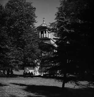 The Old Helsinki Church and churchyard in August 1947