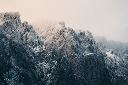 morning light mountain snow cold texture rock sunrise canon austria outdoor 300mm pillow rest aflenz seewiesen 5d3
