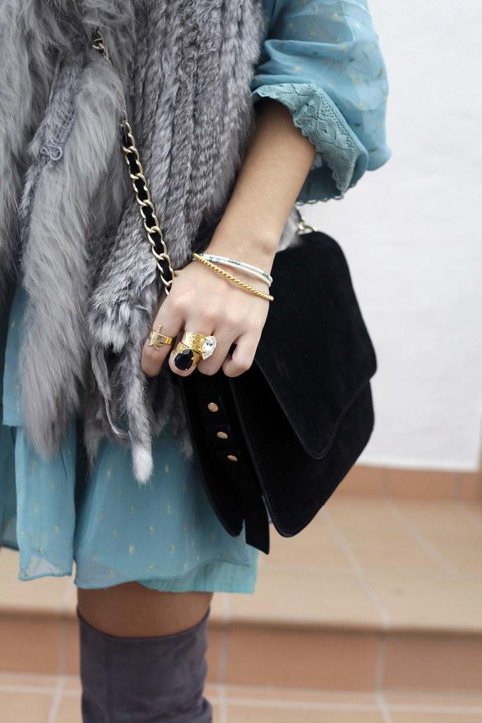 03_vestido_turquesa_y_botas_altas_girses_casual_look_theguestgirl_fashion_blogger_barcelona