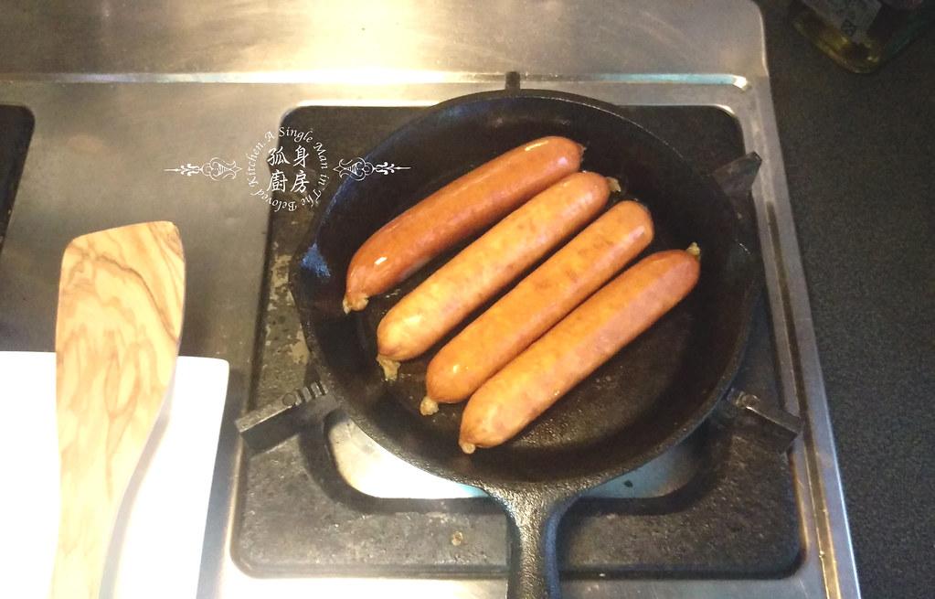 孤身廚房-蟾蜍在洞Toad in The Hole—只有香腸沒有蟾蜍的經典英國味14