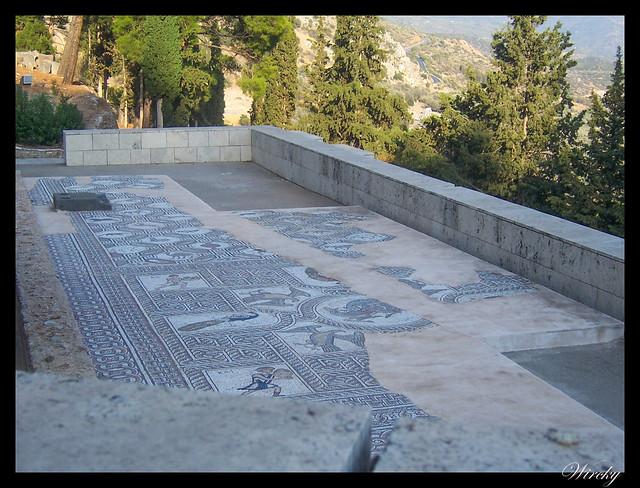 Grecia Olimpia Delfos - Mosaico en Delfos