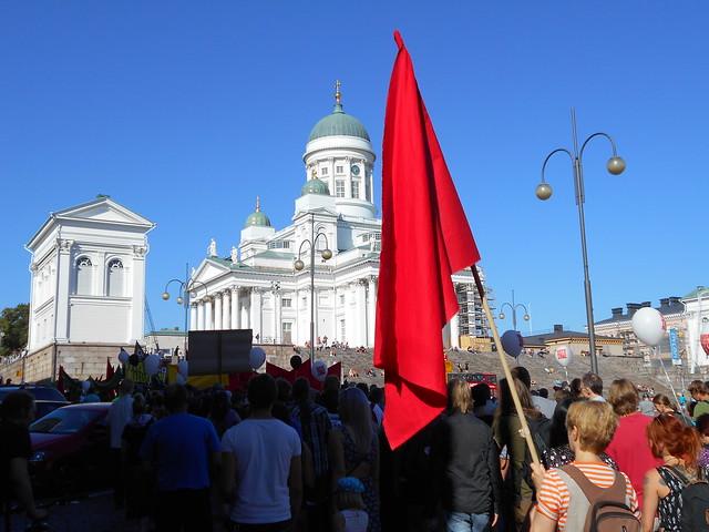 Mielenosoitus Helsingissä hallituksen leikkauspolitiikkaa vastaan 22.8.2015 - 9