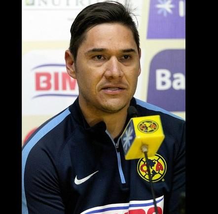 Inútil llegar como favorito si no se demuestra en la cancha: Moisés Muñoz