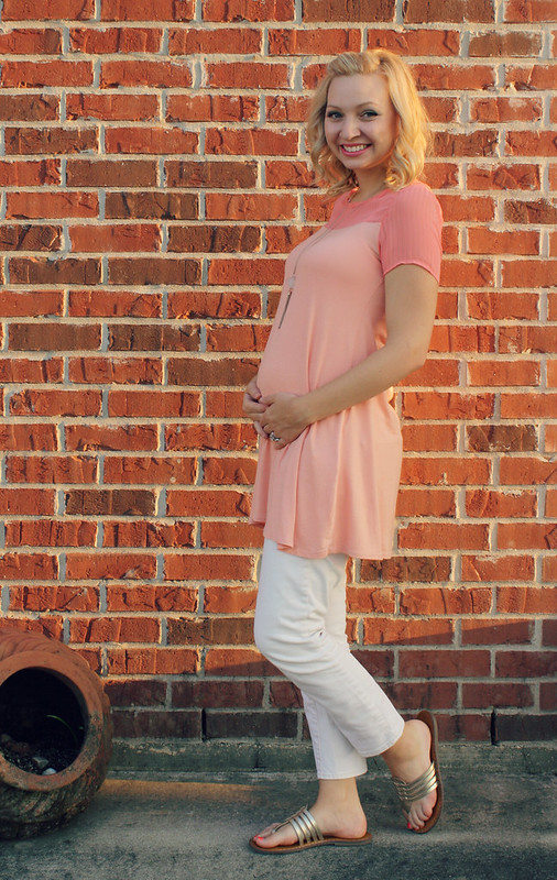 light pink tunic summer outfit