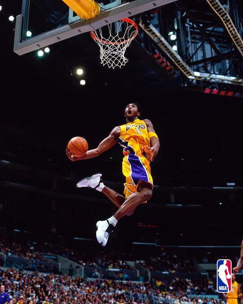 0208820N  Bryant dunk 2001