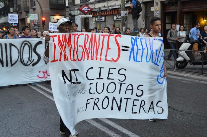 Mani REFUGIADOS SIRIOS E INMIGRANTES_20150912_0033