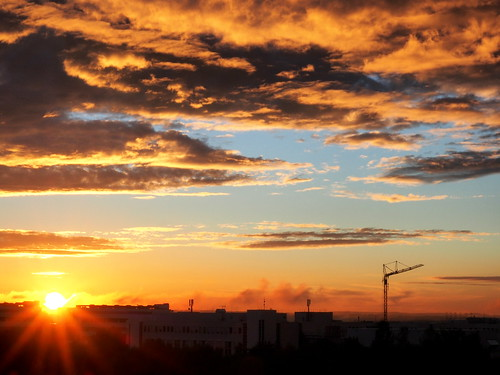 sunset sky sun clouds university sonnenuntergang crane wolken s olympus pro uni dämmerung sonne kran ulm omd universitaet em5 1240mm mzuiko oberereselsberg