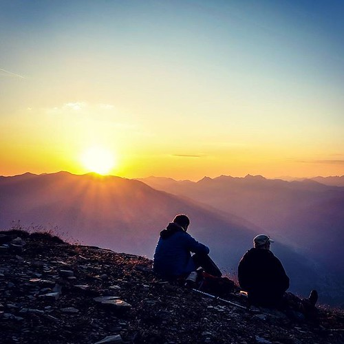 sunrise serles natureperfection uploaded:by=flickstagram igersaustria sunrisesunsetsaroundworld lovetirol discoveraustria bestmountainartists myaustria igerstirol instagram:venuename=serlesgipfel instagram:venue=299143500 instagram:photo=10693685068394866347097579