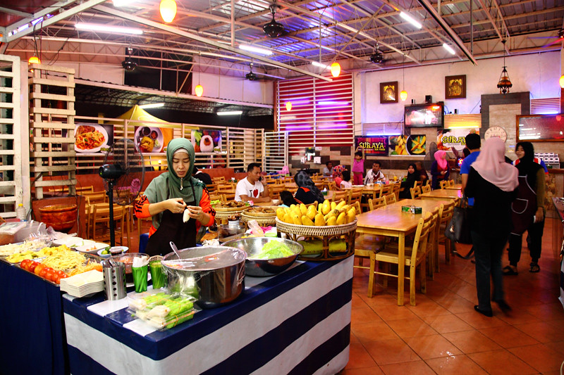 Suraya-2-Seafood-Restaurant-Kampung-Baru